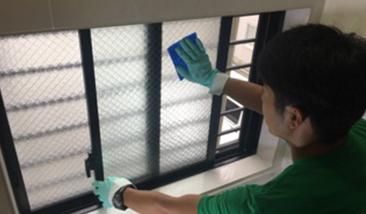 窓サッシ洗浄
